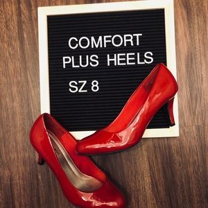 👠 Red Patent Leather Comfort Plus Heels! 👠